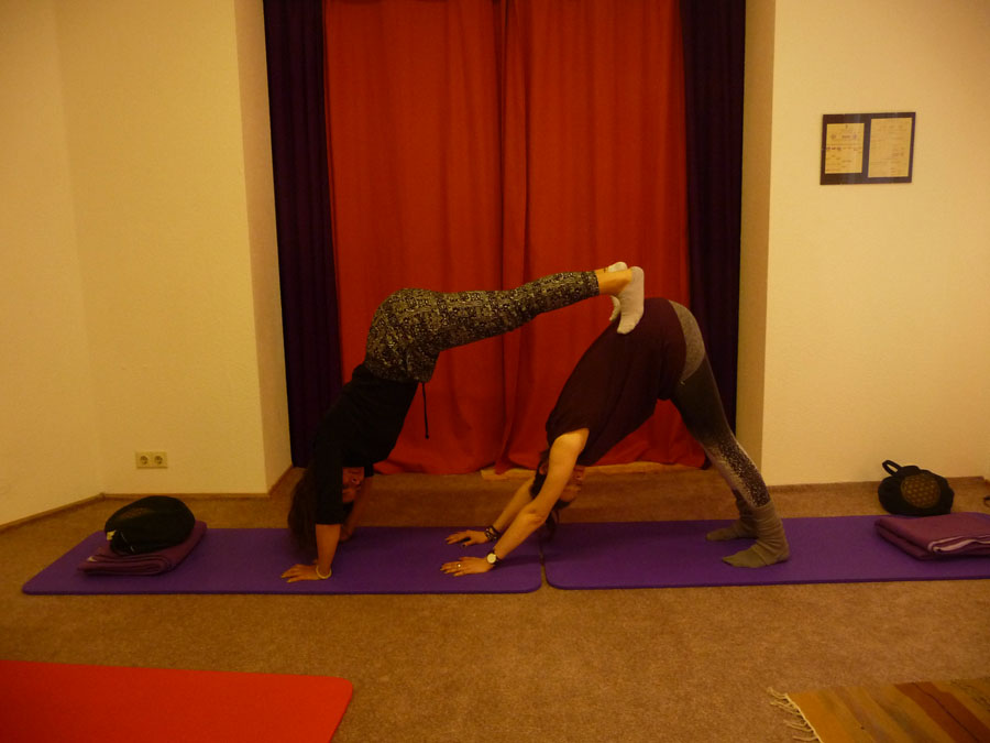 Yoga zu zweit - Partner-Yoga - Workshop 17.12.2016 - yogastudio ...